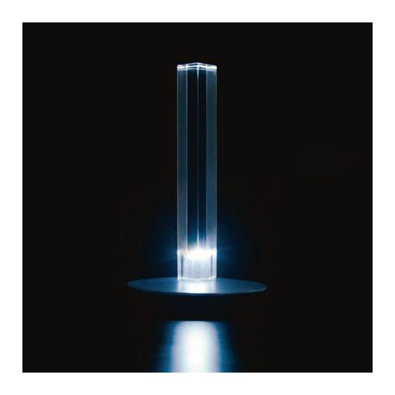 Cand-led table lamp Oluce