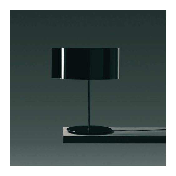 Switch table lamp Oluce