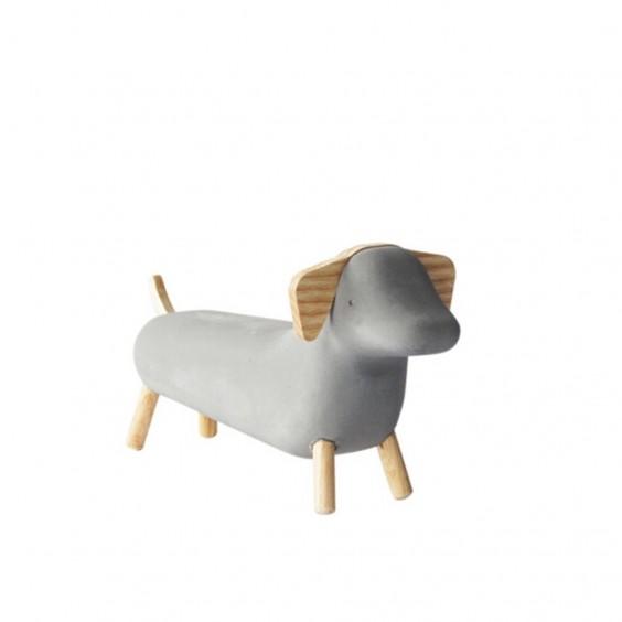 Concrete Dog decorative object Korridor